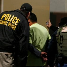 Officials: Agents in impending ICE raid shouldn't expect cooperation from local authorities