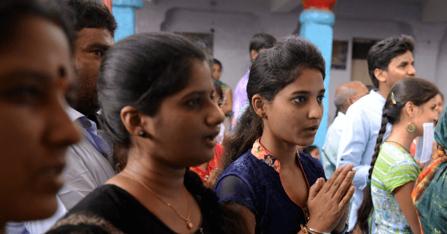 White House Extends 100,000 Work Permits for H-1B Wives from India | Breitbart
