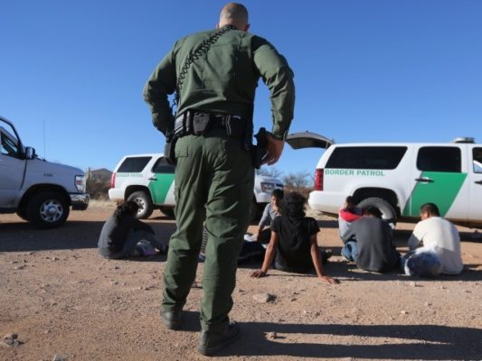 11 Human Smugglers, 27 Migrants Arrested near Texas Border
